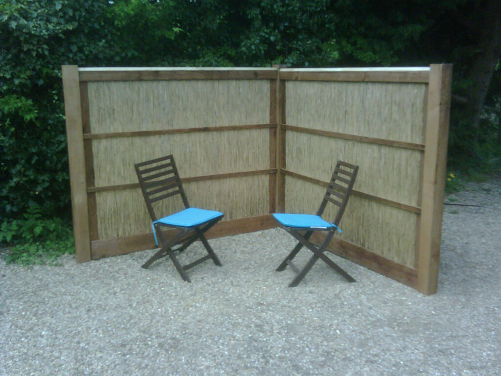 Hand Crafted Norfolk Reed Fencing Panels Please Call Us